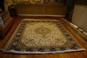 שטיח ישן