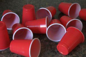 כוסות אדומות